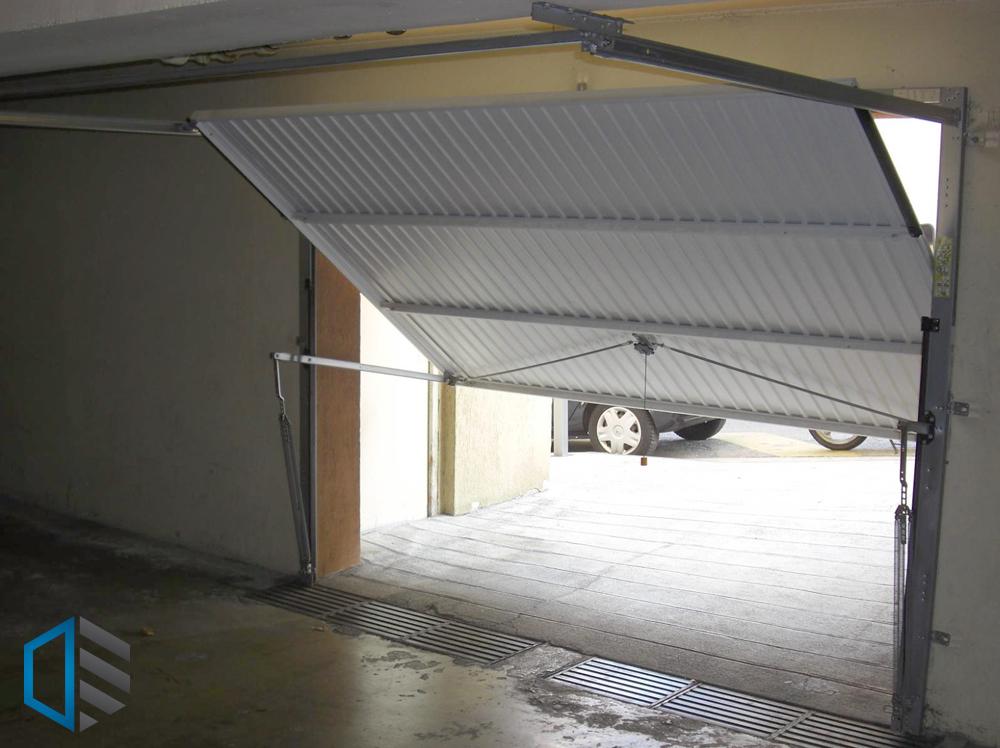Porte garage basculante sur mesure paris